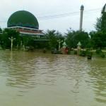2 Minggu Sampang 6 Kali Banjir, Rekor Muri Kah??